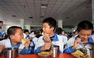 校长陪餐能解决校园食品安全问题吗?
