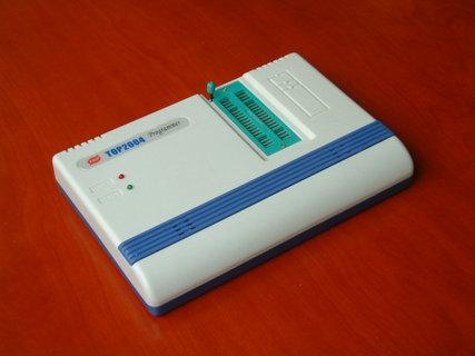 TOP2004 型编程器