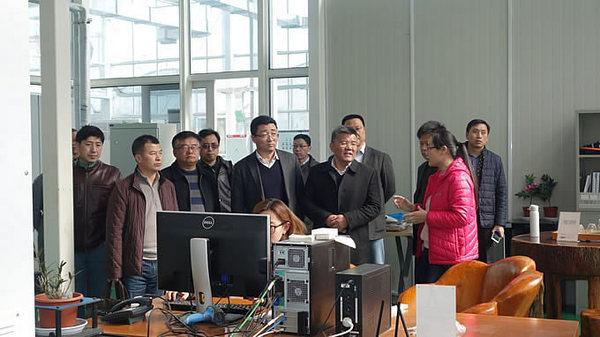 上海农科院蔡友铭一行调研AgriPheno平台