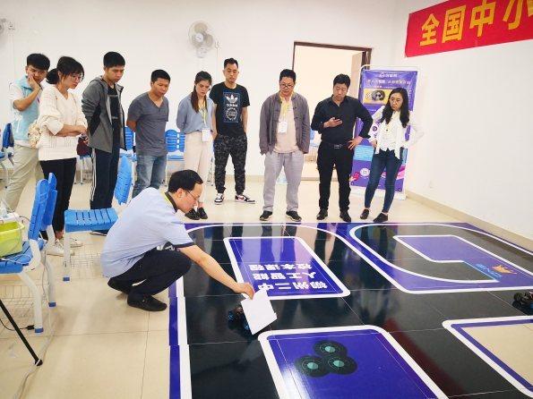 访中小学AI教育先行者陈小桥:让人工智能科普教育掷地有声