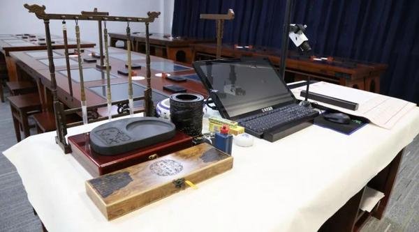 吉林省通化师范学院建成智慧教室 华文众合助推书法教学发展