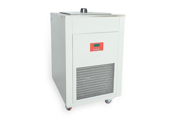 加热制冷循环器(-30℃~90℃)
