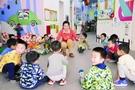 顺义一幼儿园室内分散体育游戏趣味十足