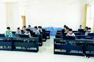 成立钢琴兴趣小组 为丰富学生的课余生