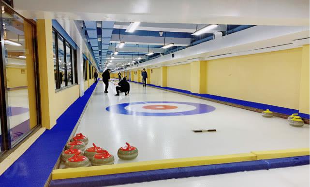 地坛冰壶馆落成惠及35个学校 东城区明年将举办校际冰壶联赛